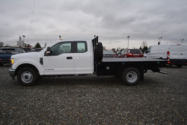 2017 F-350 Super Cab DRW 4x2,  Harbor Platform Body #E6981 - photo 3