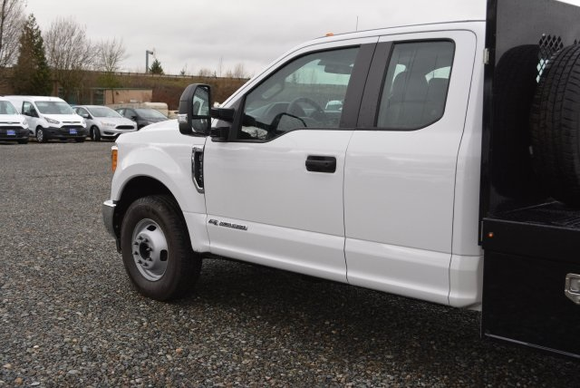 2017 F-350 Super Cab DRW 4x2,  Harbor Platform Body #E6981 - photo 9