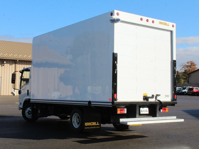 2017 LCF 4500HD Regular Cab 4x2,  Unicell Dry Freight #17C302T - photo 12