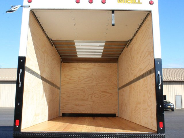 2017 LCF 4500HD Regular Cab 4x2,  Unicell Dry Freight #17C302T - photo 18