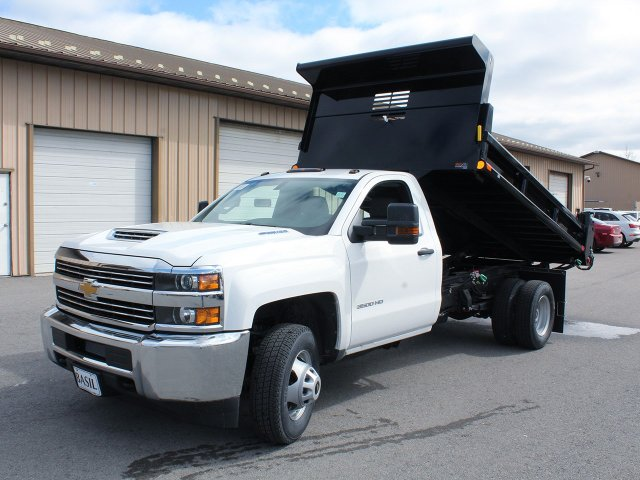 2018 Silverado 3500 Regular Cab DRW 4x4,  Air-Flo Dump Body #18C114T - photo 9