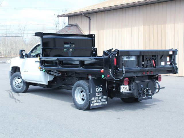 2018 Silverado 3500 Regular Cab DRW 4x4,  Air-Flo Dump Body #18C114T - photo 8