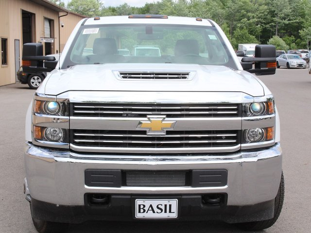 2018 Silverado 3500 Regular Cab DRW 4x4,  Knapheide Service Body #18C120T - photo 5