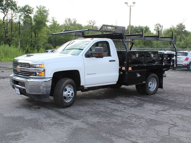 2018 Silverado 3500 Regular Cab DRW 4x4,  Knapheide Contractor Body #18C169T - photo 3