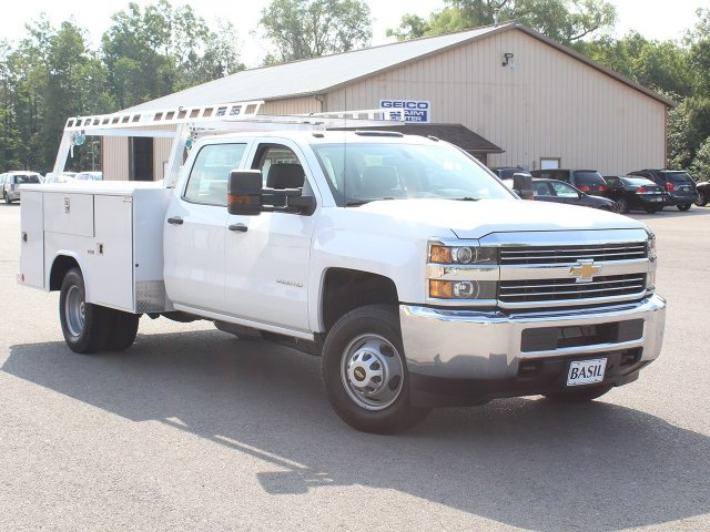 2018 Silverado 3500 Crew Cab DRW 4x4,  Reading Service Body #18C171T - photo 10