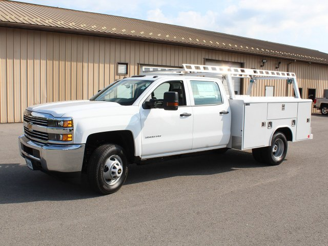 2018 Silverado 3500 Crew Cab DRW 4x4,  Reading Service Body #18C171T - photo 3