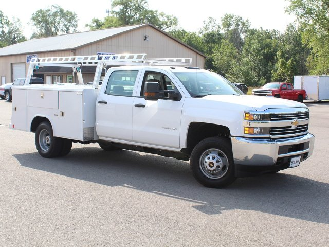 2018 Silverado 3500 Crew Cab DRW 4x4,  Reading Service Body #18C171T - photo 30