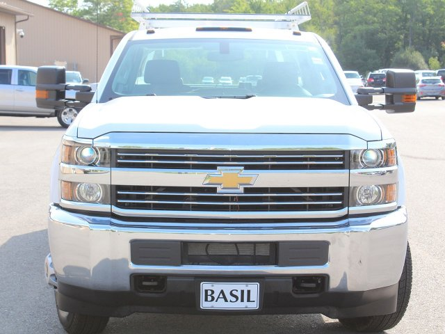 2018 Silverado 3500 Crew Cab DRW 4x4,  Reading Service Body #18C171T - photo 5
