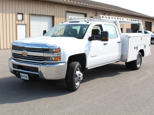 2018 Silverado 3500 Crew Cab DRW 4x4,  Reading Service Body #18C171T - photo 9