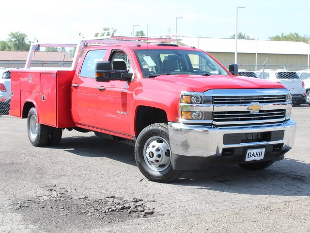 2018 Silverado 3500 Crew Cab DRW 4x4,  Reading Service Body #18C172T - photo 10