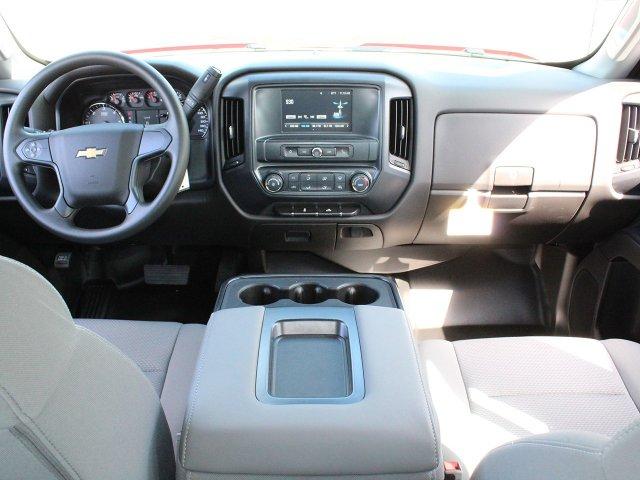 2018 Silverado 3500 Crew Cab DRW 4x4,  Reading Service Body #18C172T - photo 27