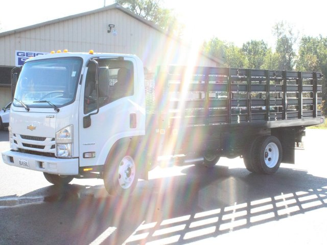 2018 LCF 4500 Regular Cab,  Knapheide Value-Master X Platform Body #18C176T - photo 3