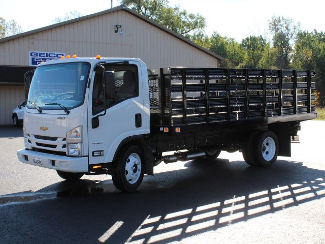 2018 LCF 4500 Regular Cab,  Knapheide Value-Master X Platform Body #18C176T - photo 9