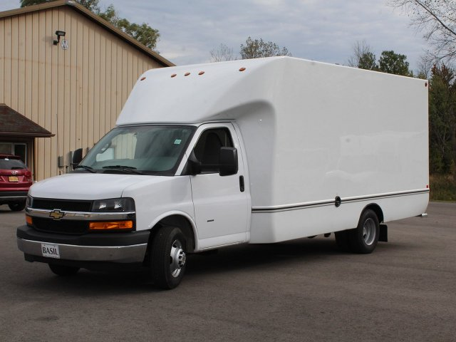 2018 Express 3500 4x2,  Unicell Cutaway Van #18C211T - photo 15