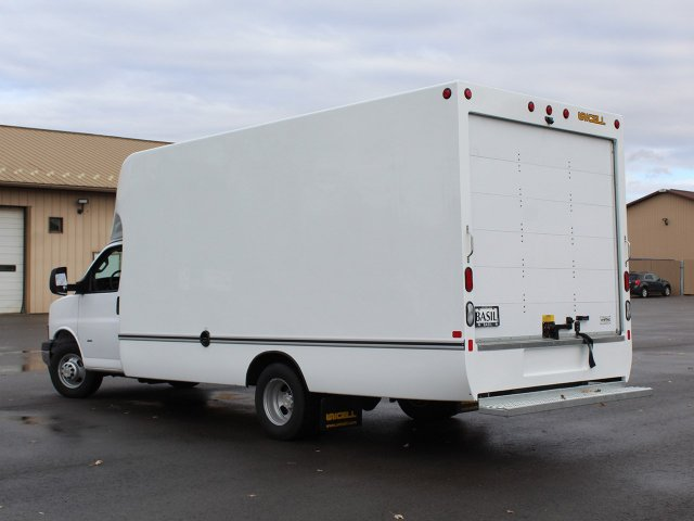 2018 Express 3500 4x2,  Unicell Aerocell Cutaway Van #18C214T - photo 13