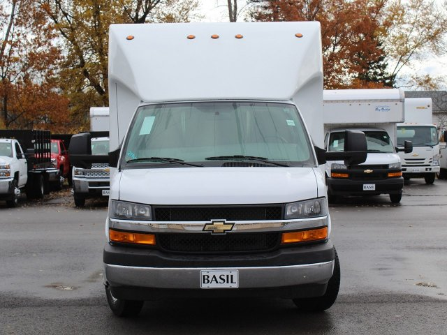2018 Express 3500 4x2,  Unicell Aerocell Cutaway Van #18C214T - photo 5