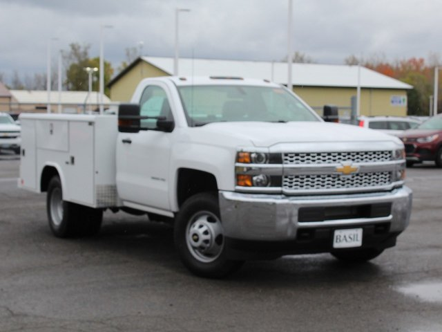 2019 Silverado 3500 Regular Cab DRW 4x4,  Reading Service Body #19C34T - photo 14