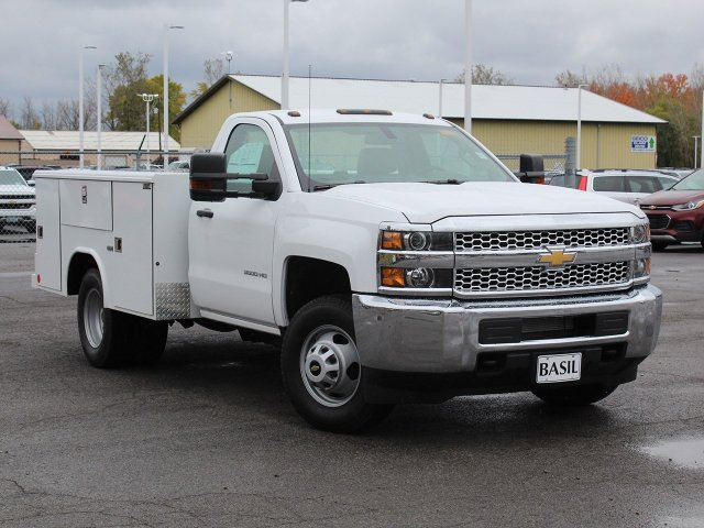2019 Silverado 3500 Regular Cab DRW 4x4,  Reading Service Body #19C34T - photo 15