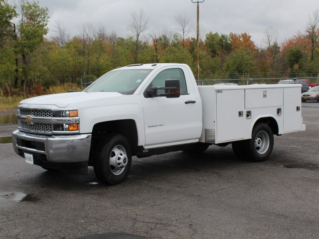 2019 Silverado 3500 Regular Cab DRW 4x4,  Reading Service Body #19C34T - photo 3