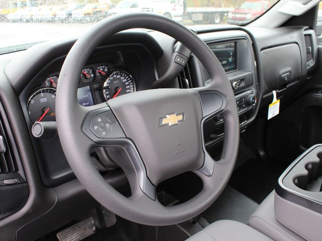 2019 Silverado 3500 Regular Cab DRW 4x4,  Reading Service Body #19C34T - photo 22