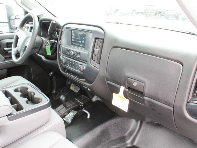 2019 Silverado 3500 Regular Cab DRW 4x4,  Reading Service Body #19C34T - photo 33