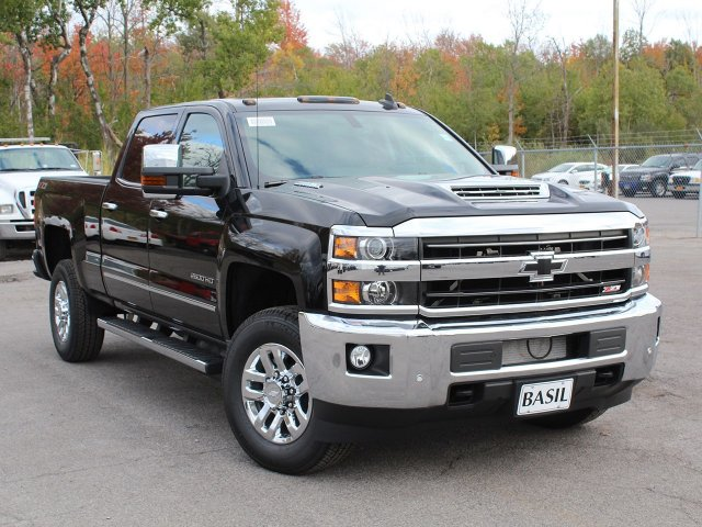 2019 Silverado 2500 Crew Cab 4x4,  Pickup #19C50T - photo 10
