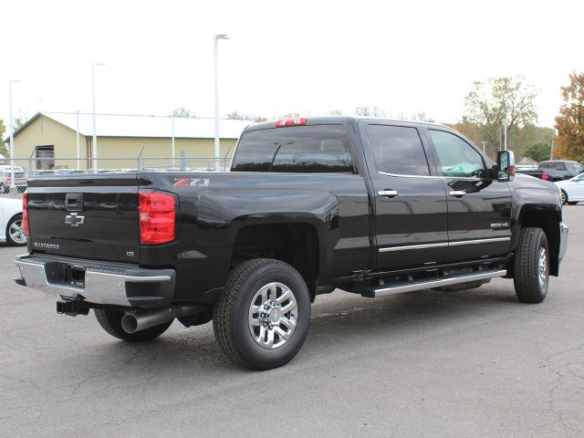 2019 Silverado 2500 Crew Cab 4x4,  Pickup #19C50T - photo 2