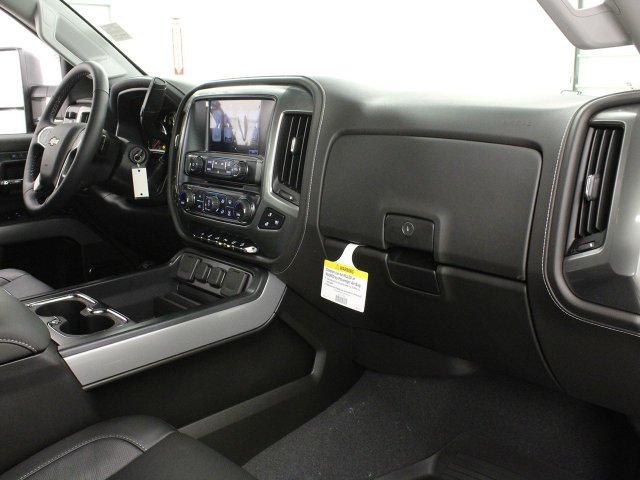 2019 Silverado 2500 Crew Cab 4x4,  Pickup #19C72T - photo 33