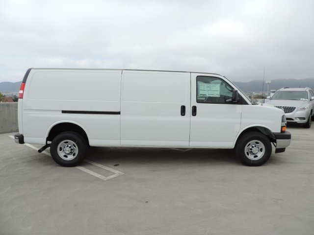 2017 Express 3500, Cargo Van #M1709 - photo 9