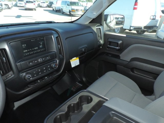 2017 Silverado 1500 Crew Cab 4x2,  Pickup #M171111 - photo 19