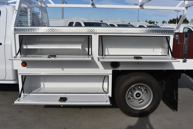 2017 Silverado 3500 Regular Cab DRW, Royal Contractor Bodies Contractor Body #M171146 - photo 9