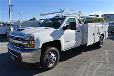 2017 Silverado 3500 Regular Cab DRW, Knapheide Standard Service Body Utility #M171262 - photo 5
