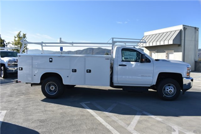 2017 Silverado 3500 Regular Cab DRW, Knapheide Standard Service Body Utility #M171262 - photo 9