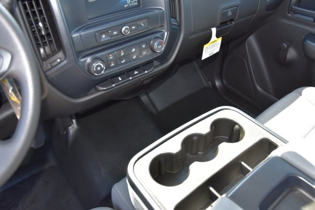 2017 Silverado 2500 Regular Cab 4x2,  Royal Utility #M171356 - photo 22