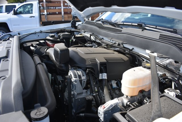 2017 Silverado 2500 Regular Cab 4x2,  Royal Utility #M171358 - photo 26