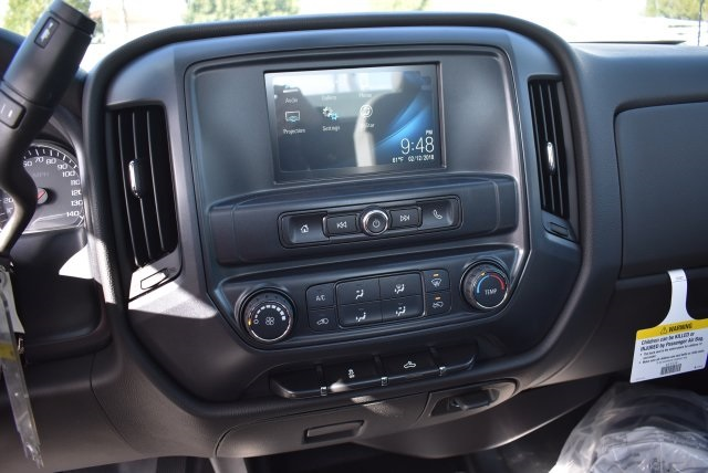 2017 Silverado 2500 Regular Cab 4x2,  Royal Utility #M171366 - photo 21