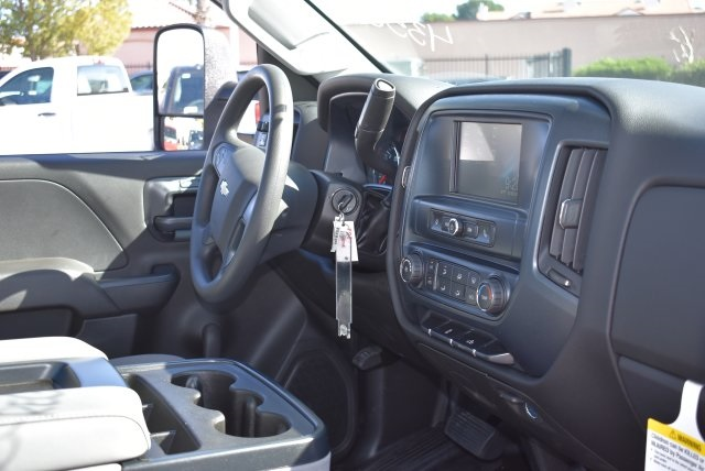 2017 Silverado 2500 Regular Cab 4x2,  Royal Utility #M171402 - photo 18