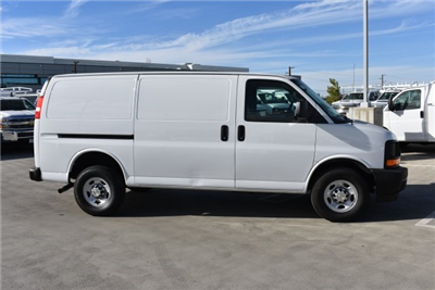 2017 Express 2500 Cargo Van #M171728 - photo 9