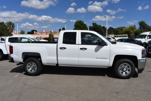 2018 Silverado 1500 Double Cab 4x2,  Pickup #M18019 - photo 9