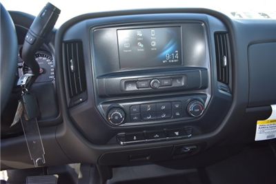 2018 Silverado 2500 Crew Cab Pickup #M18142 - photo 17
