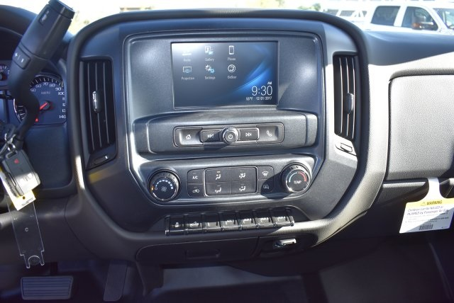 2018 Silverado 3500 Crew Cab DRW 4x2,  Harbor Combo Body #M18171 - photo 20