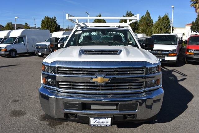 2018 Silverado 3500 Regular Cab DRW 4x2,  Harbor Contractor Body #M18205 - photo 3