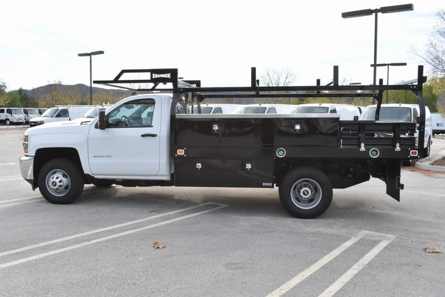 2018 Silverado 3500 Regular Cab DRW 4x2,  Knapheide Contractor Body #M18383 - photo 6