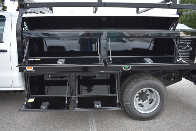 2018 Silverado 3500 Regular Cab DRW 4x2,  Knapheide Contractor Body #M18383 - photo 2