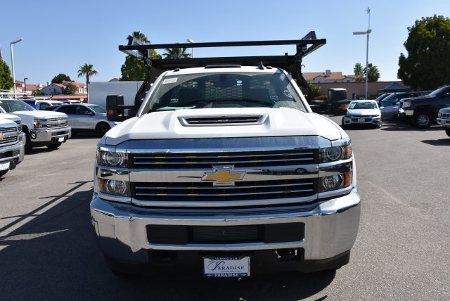 2018 Silverado 3500 Regular Cab DRW 4x2,  Knapheide Contractor Body #M18393 - photo 3