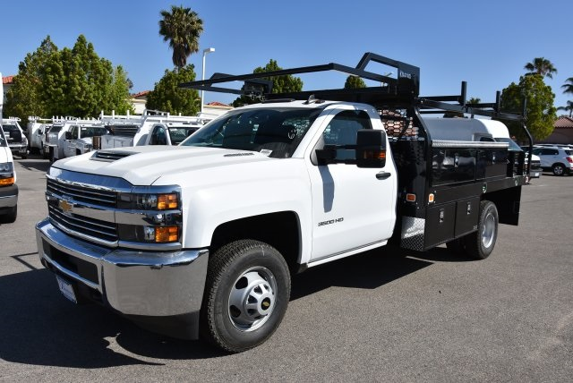2018 Silverado 3500 Regular Cab DRW 4x2,  Knapheide Contractor Body #M18393 - photo 4