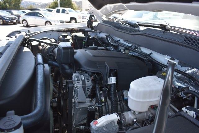 2018 Silverado 2500 Regular Cab 4x2,  Harbor Utility #M18427 - photo 25