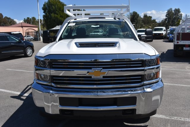 2018 Silverado 3500 Regular Cab DRW 4x2,  Royal Contractor Body #M18432 - photo 4