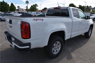 2018 Colorado Extended Cab 4x4,  Pickup #M18492 - photo 2