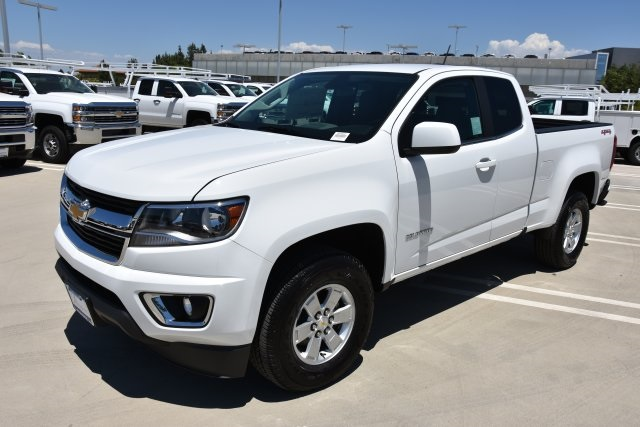 2018 Colorado Extended Cab 4x4,  Pickup #M18497 - photo 5
